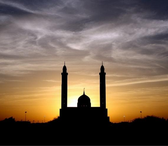 al-azhar memorial garden - Senja