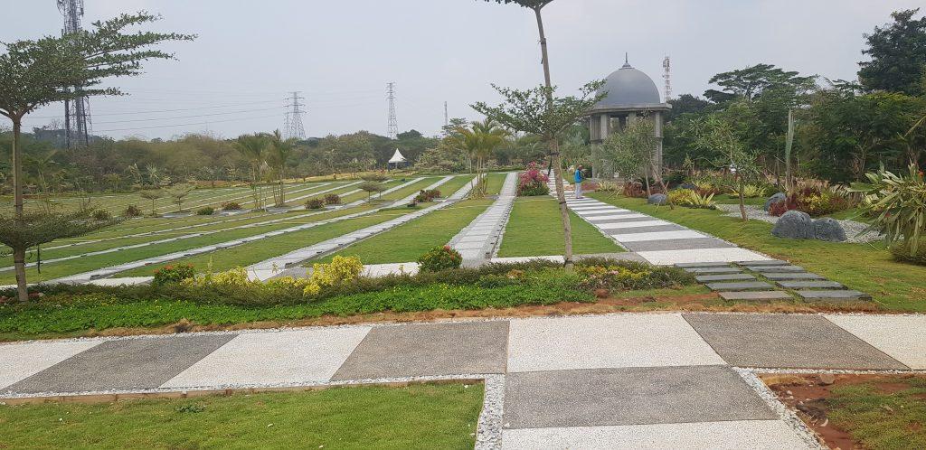 Pemakaman Islam Al Azhar Karawang 15