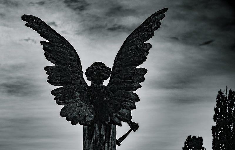 Malaikat yang Bertanya di Alam Kubur
